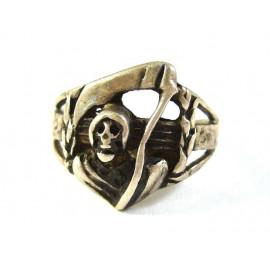 Stříbrný prsten smrtka