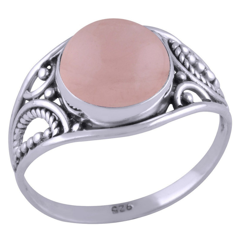 Stříbrný prsten s růženínem