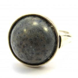 Stříbrný prsten s jaspisem