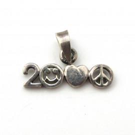 Stříbrný přívěsek rok 2000