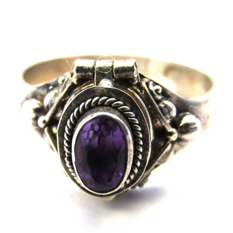 Stříbrný jedový prsten s ametystem
