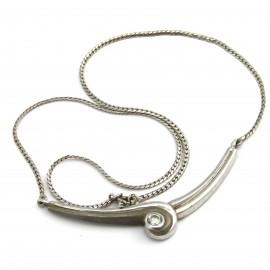 Stříbrný náhrdelník s křišťálem