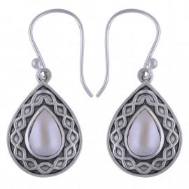 Stříbrné naušnice s perlami