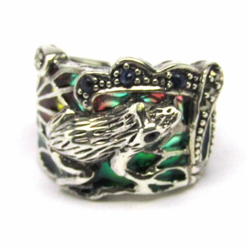 Stříbrný prsten žába se safíry