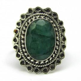 Stříbrný prsten se smaragdem