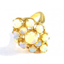 Luxusní zlatý prsten s opály