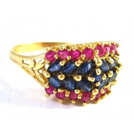 Luxusní zlatý prsten se safíry a rubíny