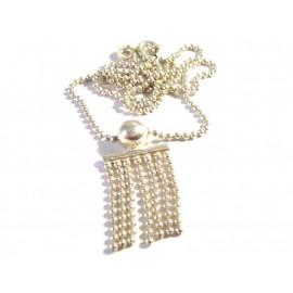 Starý stříbrný náhrdelník.