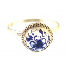 Starožitný stříbrný zdobený prsten