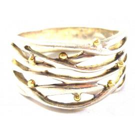 Stříbrný prsten se zlatými ozdobami