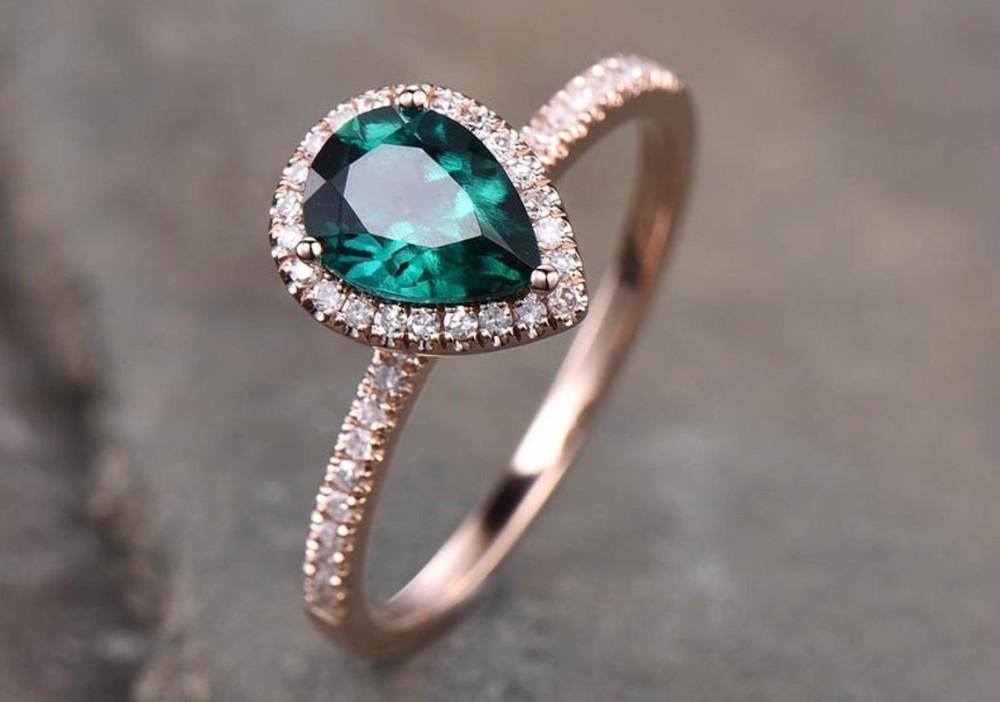 Prsten se smaragdem