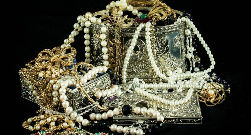 Mrkněte na přehlednou galerii více než 2700 šperků skladem