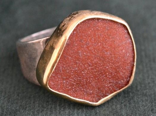 Prsten s karneolem